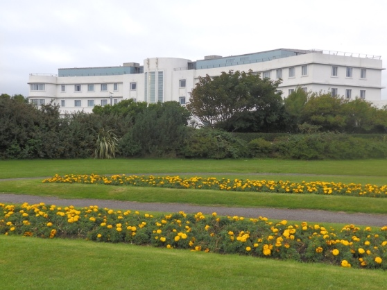 midland-hotel-best-picture-from-outside